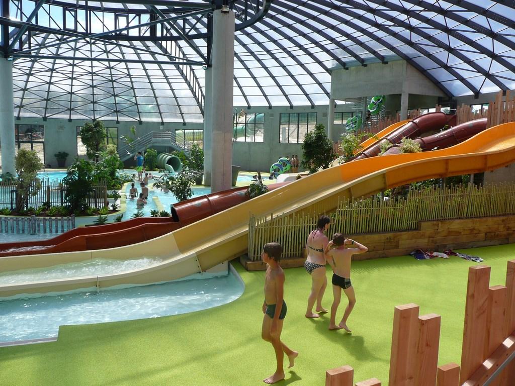 Camping domaine d inly 4 location bretagne avec voyages auchan for Bretagne piscine